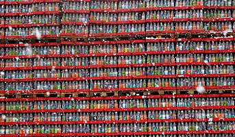 Coca-Cola kutter ut panten på glassflasker