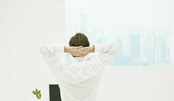 Stillesittende arbeid gjør også vondt