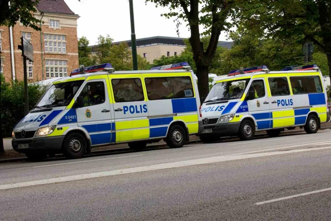 Svensk-politi-1-CB2139122