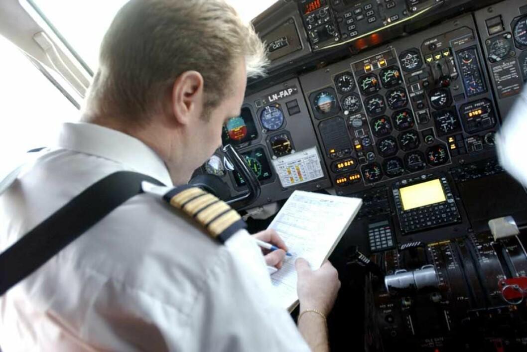 Flyver-i-cockpit