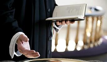 Fem av ti prester har vurdert å bytte jobb
