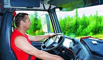Bare halvparten av lastebilsjåførene bruker bilbeltet