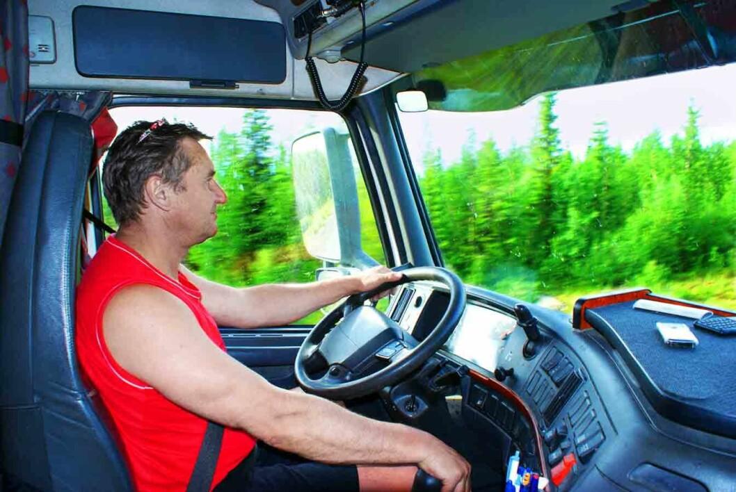 Lastebilsjåfør-CB1491319