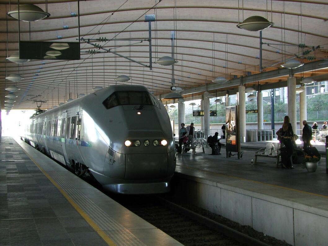 Det er ditt eget ansvar å komme deg på jobb selv om toget står. (Foto: Jan Tveita)