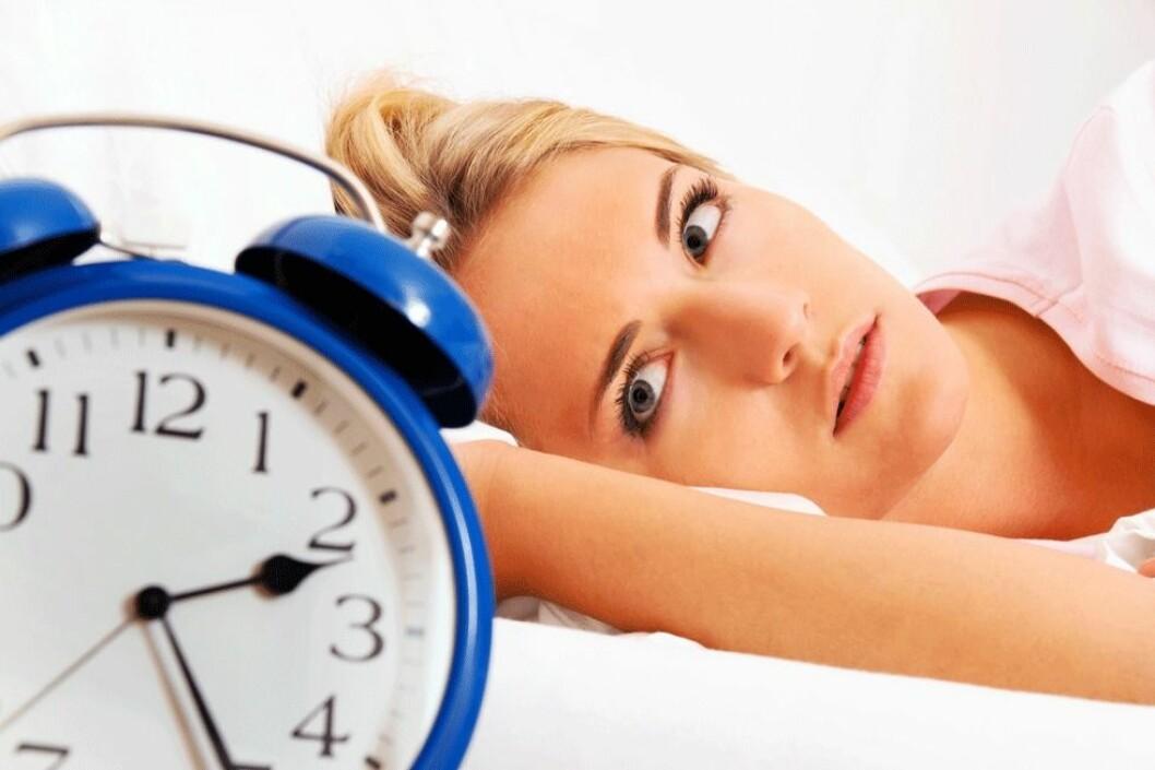 Kvinner plages mer av søvnproblemer enn menn. (Illustrasjonsfoto: Colourbox.com)