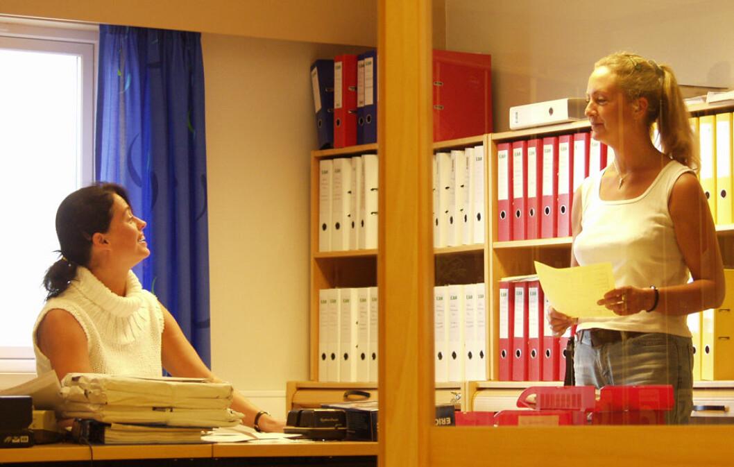 Kolleger, støy og it-trøbbel forstyrrer oss mest i arbeidet. (Illustrasjonsfoto: PangPang)