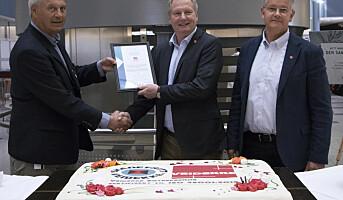 Først ute med ny sertifisering for arbeidsmiljø