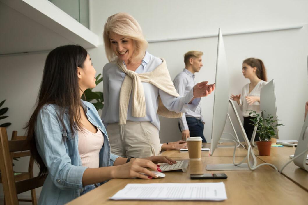En blanding i alder er best på arbeidsplassen. (Illustrasjonsfoto: Colourbox.com)