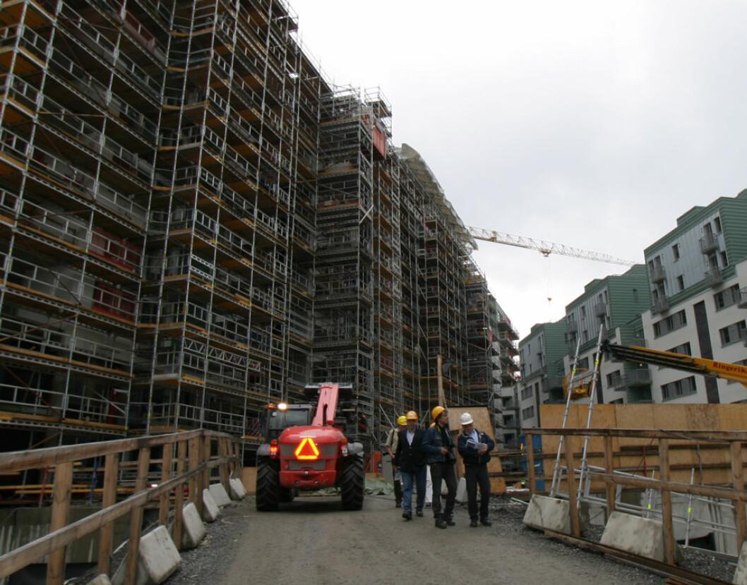 Samarbeid på byggeplassen gir best resultat. (Foto: Jan Tveita)