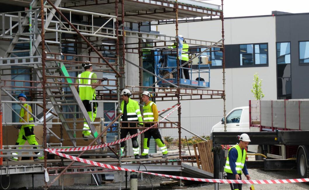 Gode byggeledere forebygger ulykker på byggarbeidsplasser. (Illustrasjonsfoto: Jan Tveita)