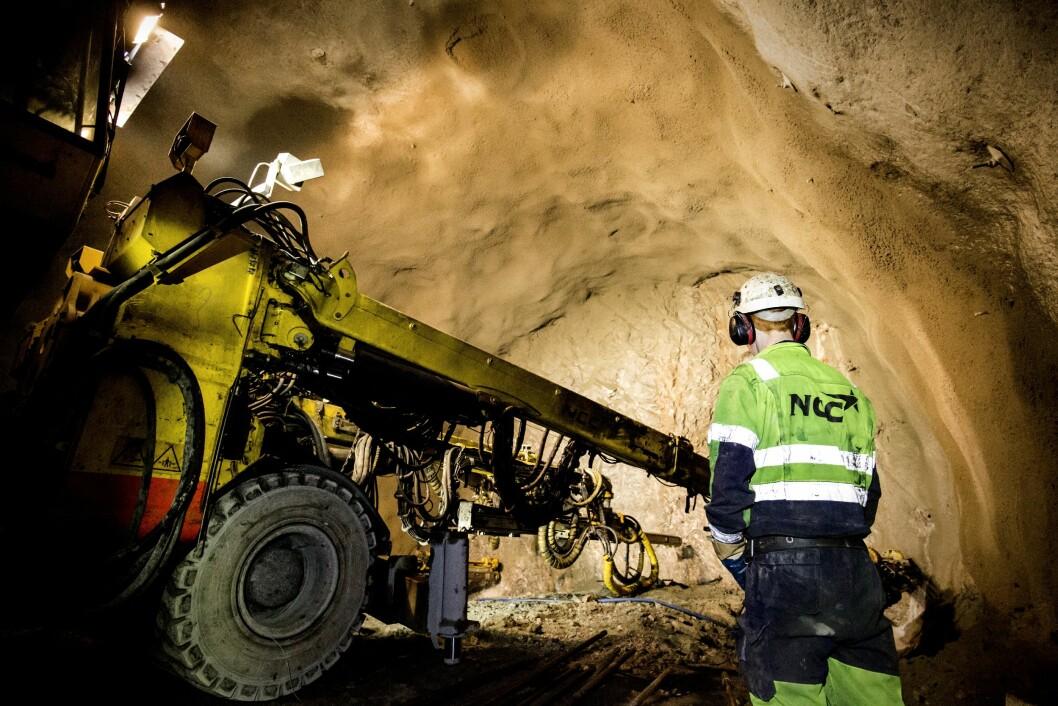 Selv om HMS-arbeidet hos norske entreprenører stort sett er veldig bra, må det likevel øves. Her fra tunnelarbeid i regi av NCC. (Foto: NCC)