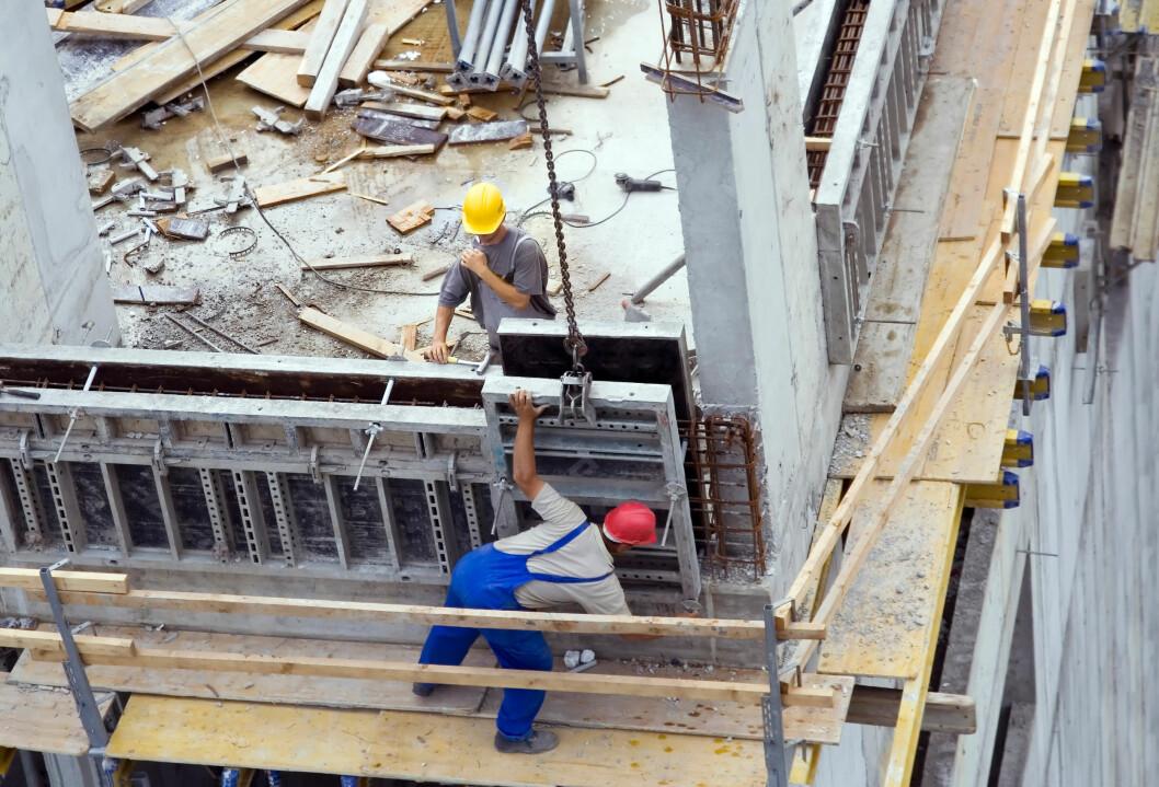 Bygg og anlegg er fortsatt den bransjen med flest konkurser, men stadig flere bedrifter overlever når man ser på utviklingen over tid. (Foto: Colourbox)