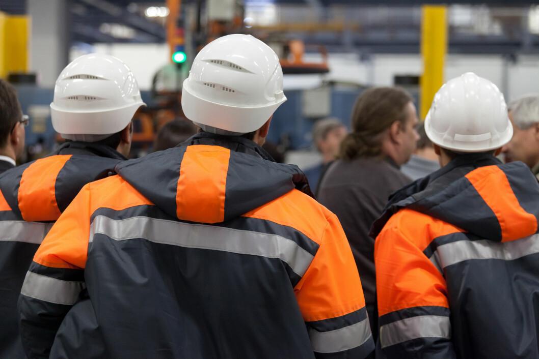 Arbeidstilsynets kontroller har vist at nærmere 1 av 3 bedrifter mangler verneombud. (Foto: Colourbox)