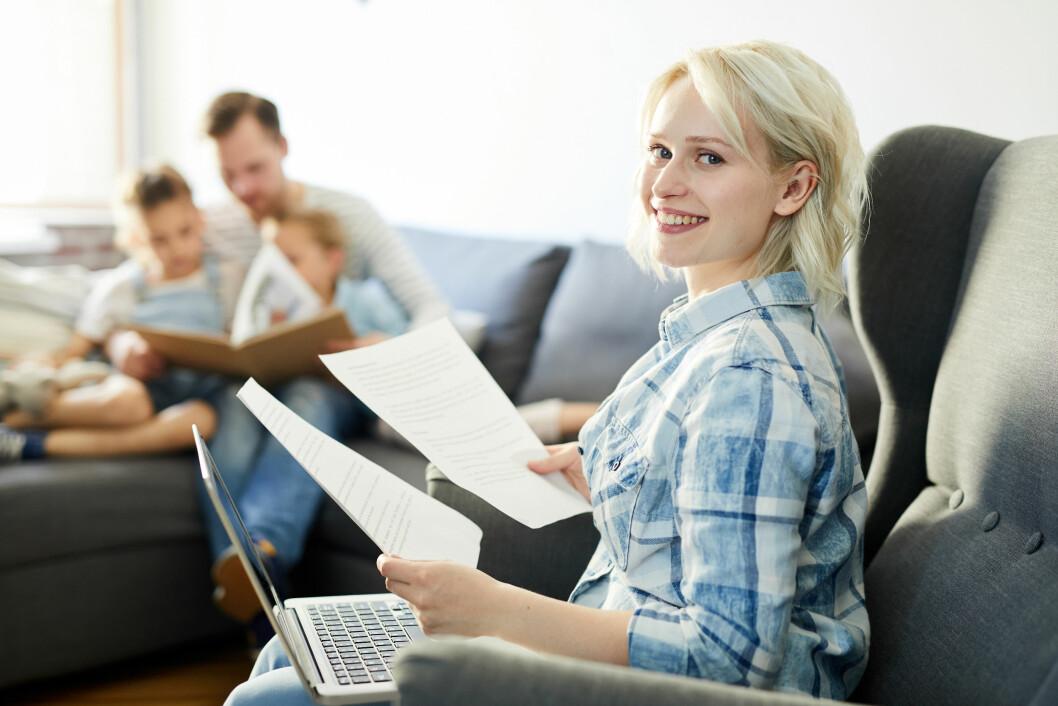 - Balansen mellom jobb og fritid, eller såkalt work-life balance, bør være et jevnlig tema og fokus fra HR og ledelse i en bedrift, sier Christian Børresen, markedssjef i Randstad. (Illustrasjonsfoto: Colourbox).