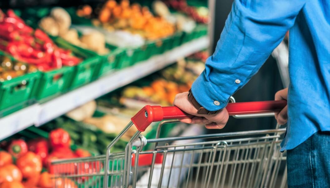 De tre store dagligvarekjedene i Norge konstaterer at det er nok mat til alle. Det er ingen grunn til å hamstre.