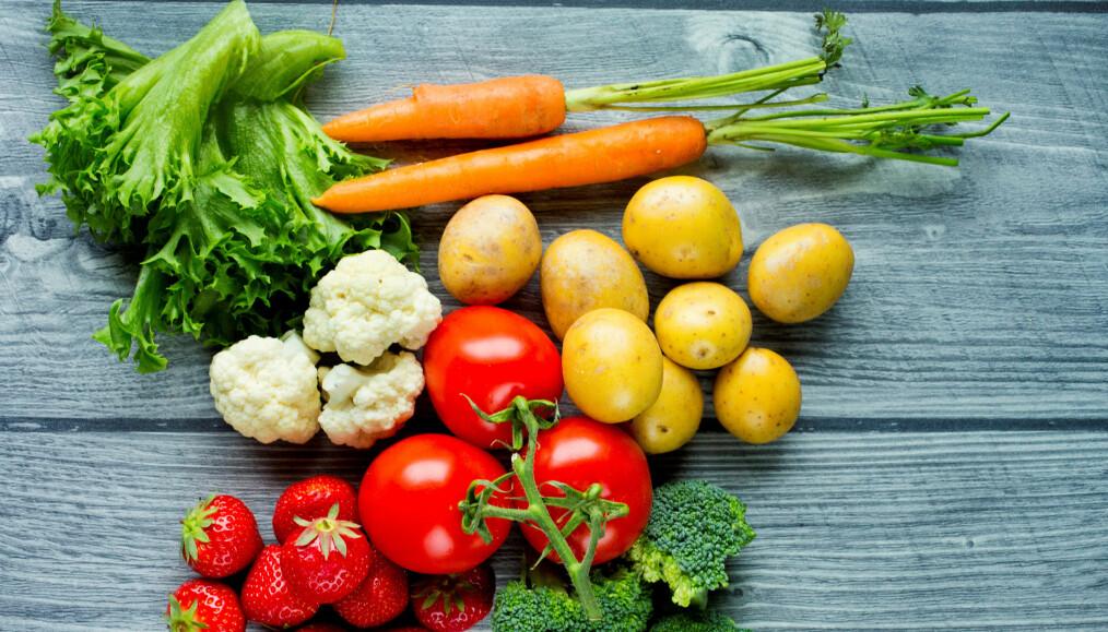 Foreløpig er det nok av norskprodusert frukt og grønt, men vi går inn i en periode der norske bønder har et stort behov for arbeidskraft.