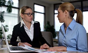 Hvordan påvirker organisasjonsendringer arbeidsmiljø og psykisk helse?