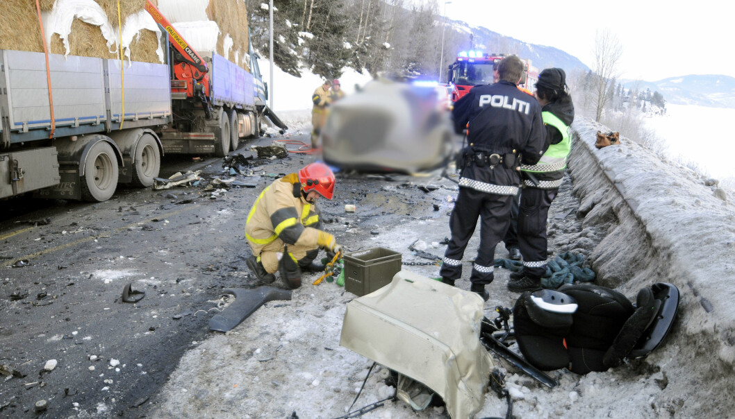 På plass: Kort tid etter kollisjonen var leder for Kollegahjelpen og regionsjef Innlandet, Guttorm Tysnes, der for lastebilsjåføren.