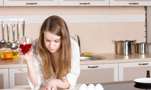Én av fire ledere tror ansatte drikker mer på hjemmekontor
