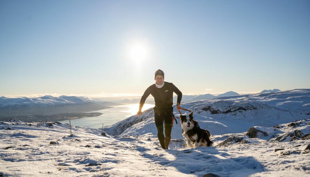 Å gå på tur er den aktivitetsformen flest nordmenn foretrekker.