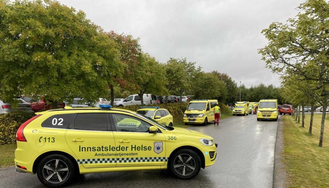 Ambulansearbeidere ble mest smittet blant helsepersonell i fjor.