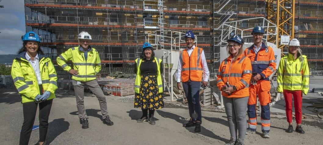 Åpnet mangfoldsdugnad på byggeplassen