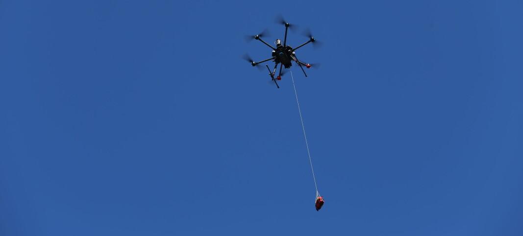 Sender ut hjertestartere med droner